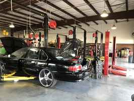 Auto Repair Center - Northwest Houston