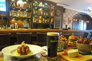 Irish Pub Restaurant
