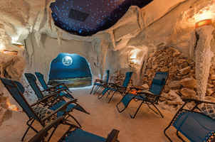 Beautiful Holistic Spa w/Focus on Salt Caves...