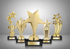 trophies-awards-and-phelonic-plates-real-estate-washington