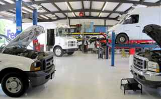 Full-Service Auto Center – Commercial Accounts