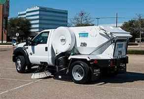 parking-lot-sweeping-and-porter-business-altamonte-springs-florida