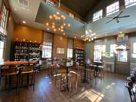 Wine Bar & Wine Shop, Sophisticated Interior