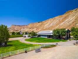 grande-river-winery-vineyards-and-marketplace-devel-palisade-colorado