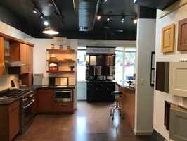 Turn Key Kitchen Cabinet Business / Showroom