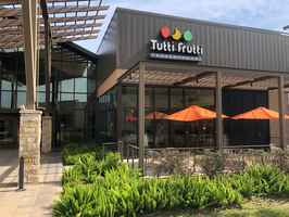 Tutti Frutti Frozen Yogurt Store in SW Houston