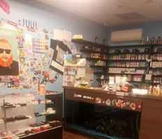 Eclectic Vape Shop for Sale in Queens County-32527