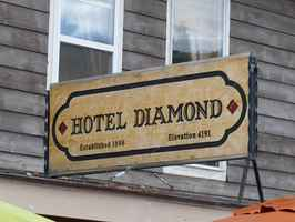 Historic Bed & Breakfast For Sale in Diamond, OR