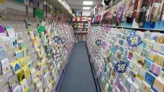 Card and Gift Shop in Suffolk County-33262