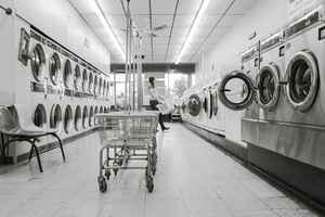 Uber-like Laundry Service (absentee)