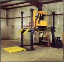 Manufacturer of Forklift Maintenance/ Service Lift