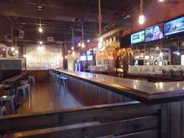 Abington-Turnkey Restaurant-Bars & Huge Patio-