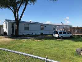 Mobile Home Park/Small Home Rentals & 1.5 Acres