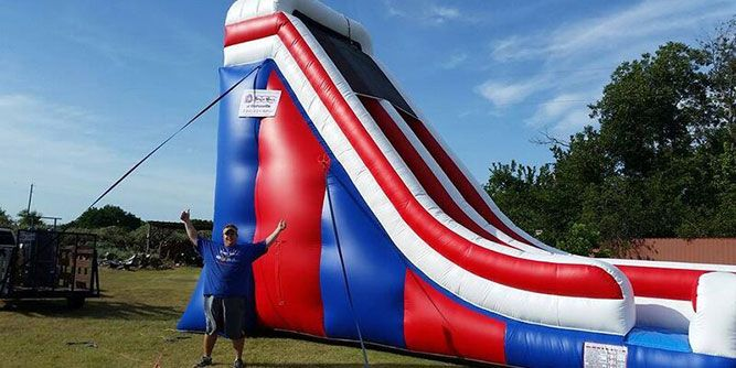 Franchises Under $5000 >> Spacewalk Inflatable Fun Business | FranchiseForSale.com
